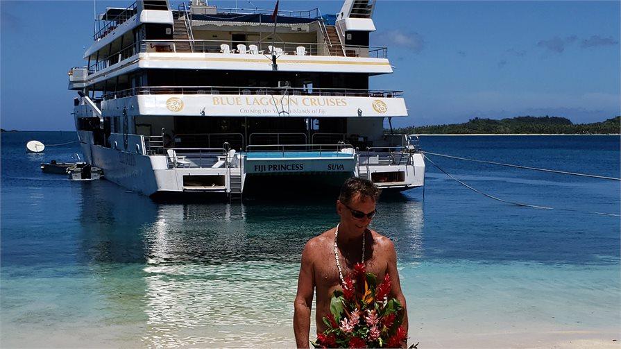Blue Lagoon Cruise Fiji Christmas Day Breakfast