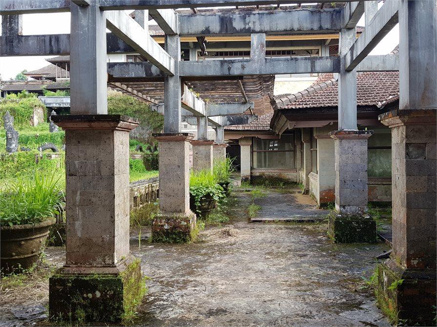old hotel ruin bali