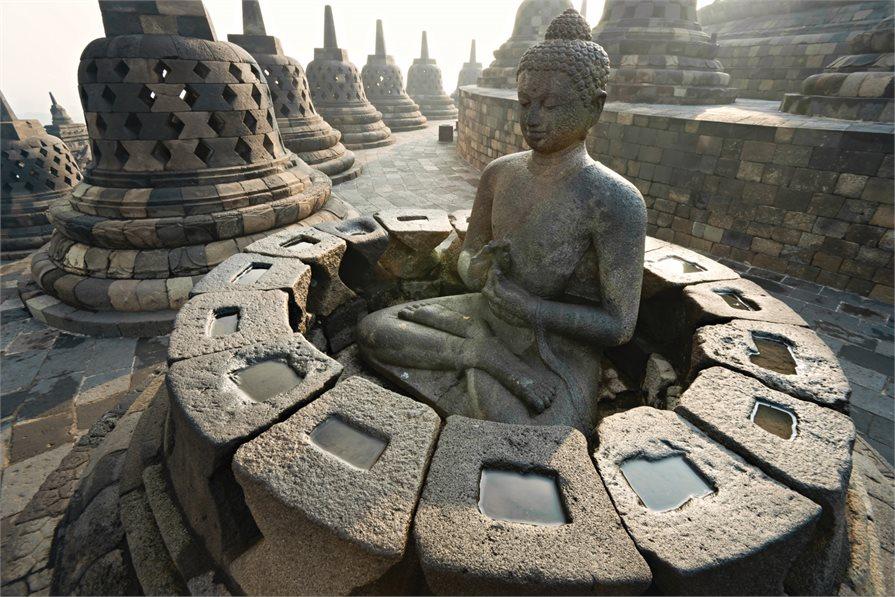 Cultural statues in Bali