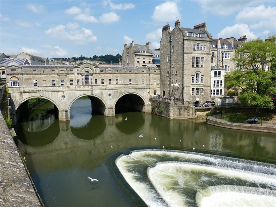 Old bridge in Bath