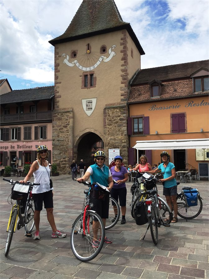 Cycle tour through southern France