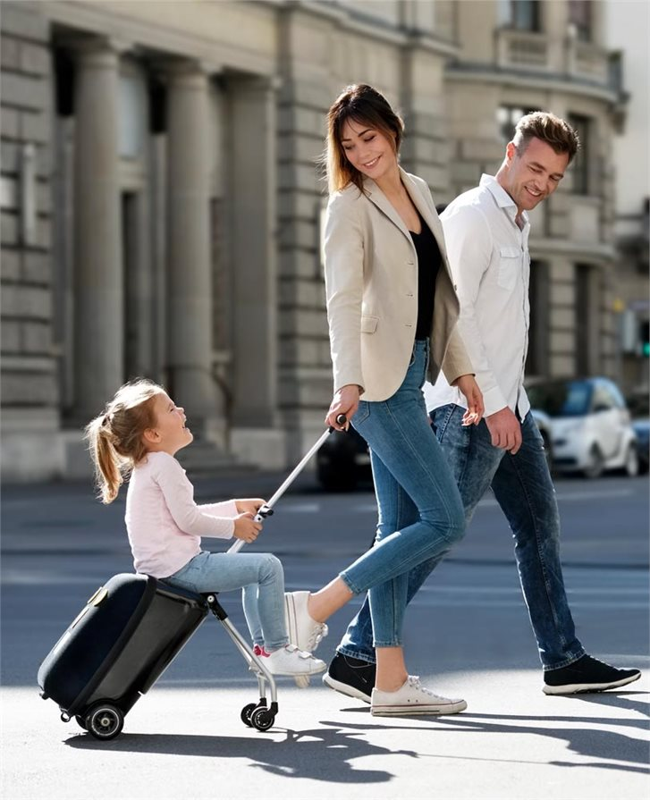 Family fun with the Micro Lazy Luggage