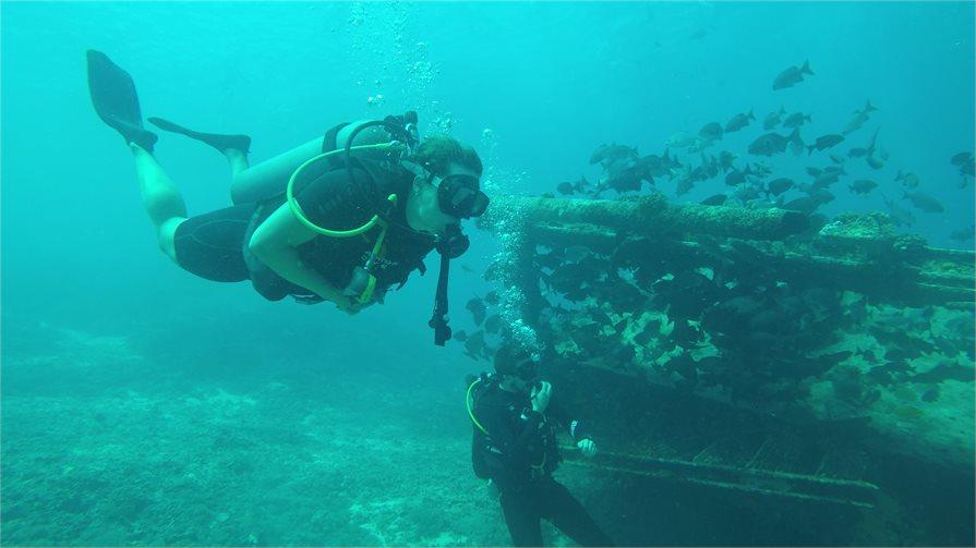 Scuba diving around the bounty wreck of Gili Meno Bali