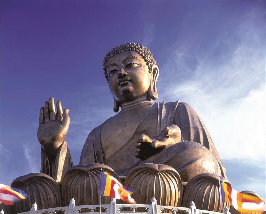Large Budha statue in Hong Kong