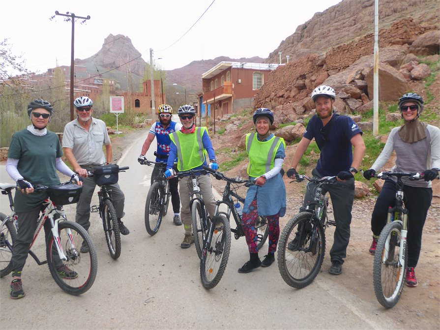 Iran cycle tour group