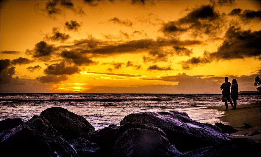 Enjoying a Hawaiian sunset