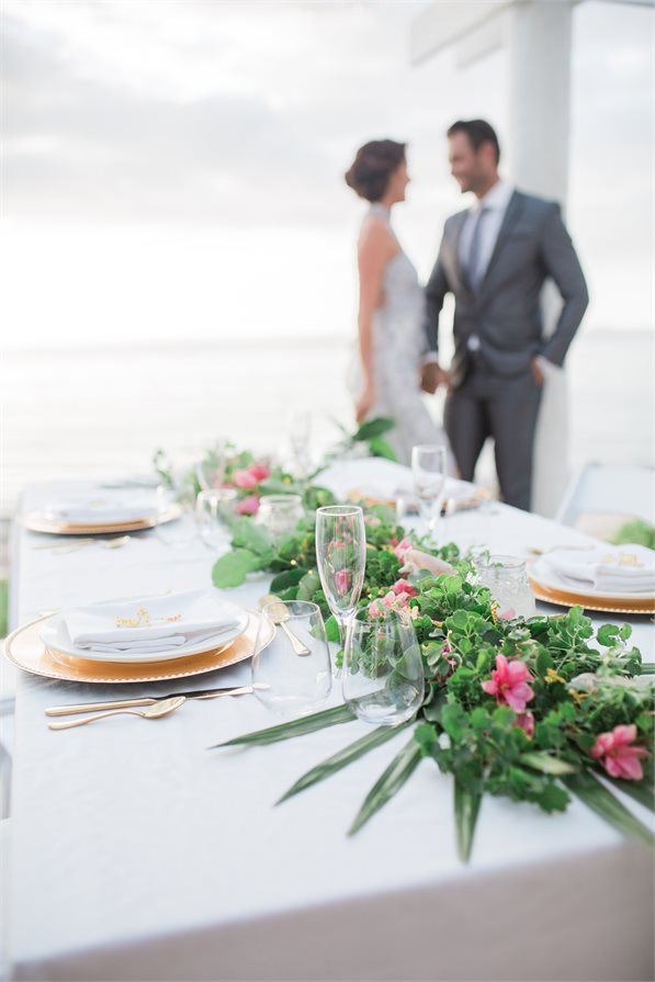 Wedding dining table Malamala Beach Club Fiji