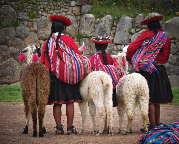 Peruvian children with llamas