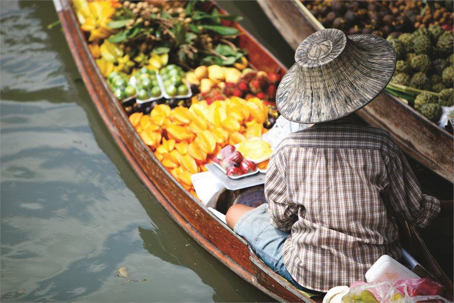 Woman at the Floating Market, Bangkok